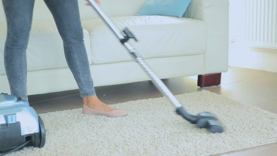 661000998-vacuum-cleaning-vacuum-cleaner-cleanliness-housework